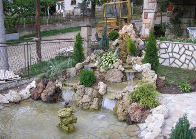 fontana od prirodnog kamena